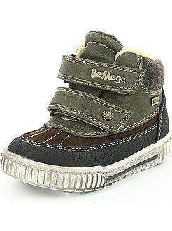 Jongenskleding 3-12 jaar Bontlaarsjes met klittenband met het effect van sneakers