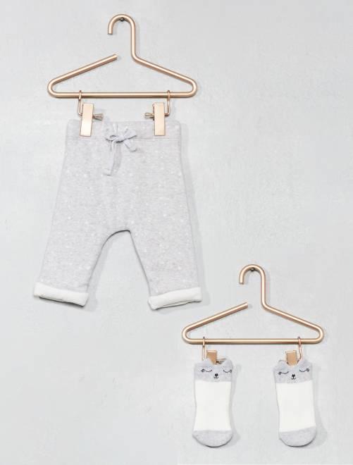 Broek van biologisch katoen en sokken                             GRIJS Meisjes babykleding