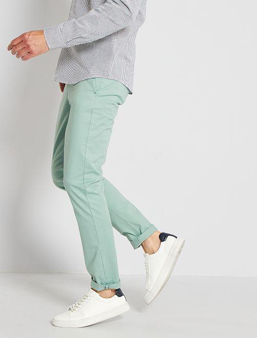 Chinobroek van stretch twillkatoen                                                                                                                                                                                                                                                     grijs groen