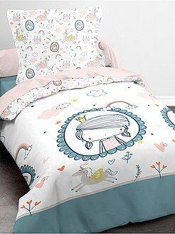 Dekbedovertrekset met een 'prinsessen' en 'eenhoorn' print - Kiabi