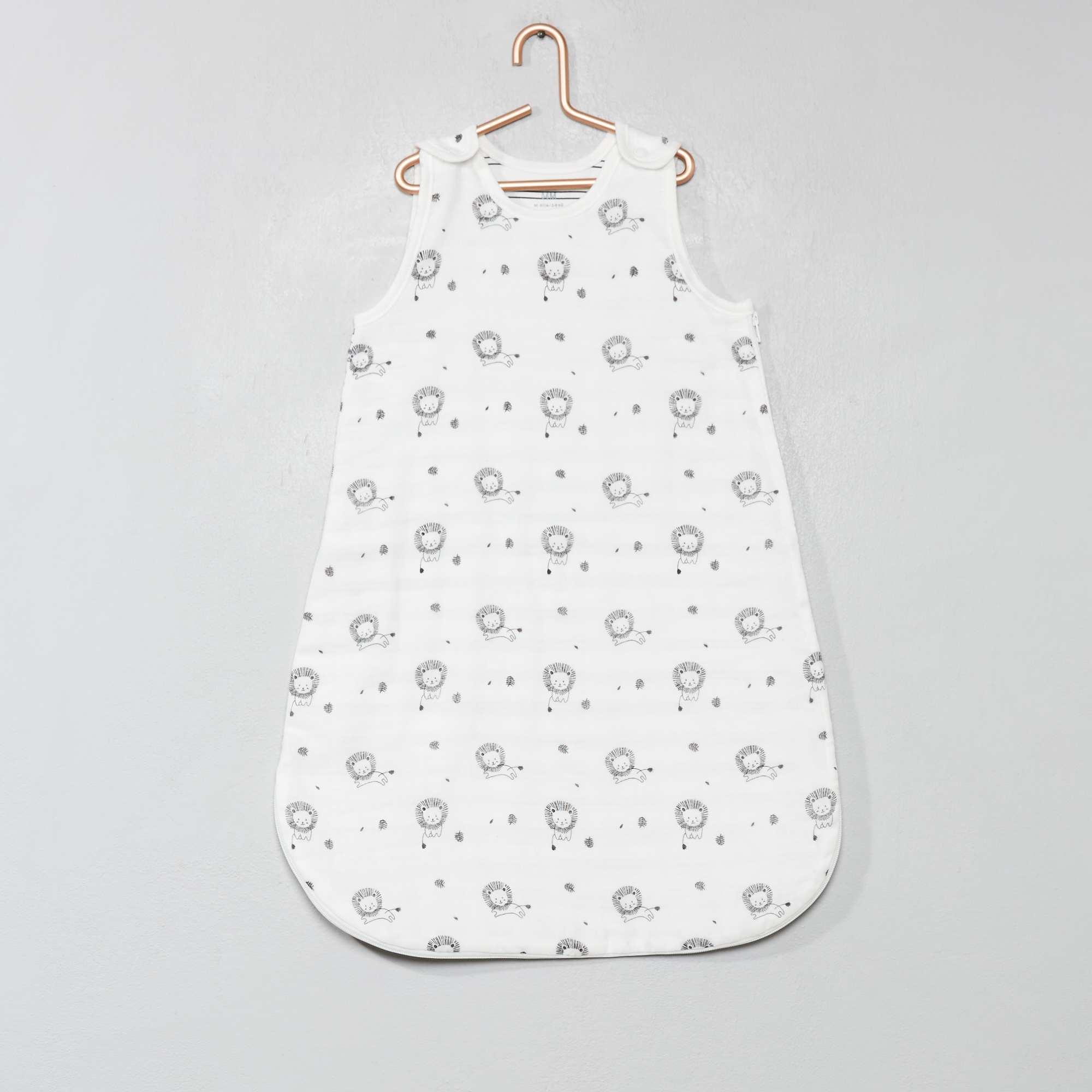 Babykleding Print.Dunne Babyslaapzak Met Print Jongens Babykleding Wit Kiabi 14 00