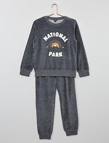 2a308077d15 Stoere en zachte pyjamas voor jongens met korte of lange broek | Kiabi