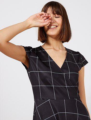 673557f42dd3ac Geruite jurk met wikkeleffect - Kiabi