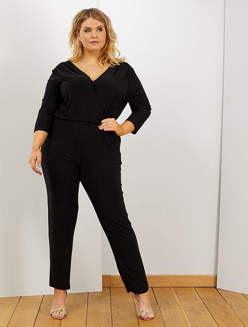 Jumpsuit met wikkelhals                             zwart