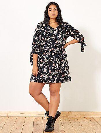 Dames Size+ - Jurk met bloemenprint en riem - Kiabi