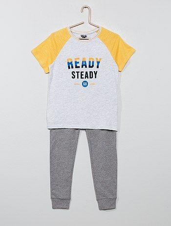 71a7297921f Stoere en zachte pyjamas voor jongens met korte of lange broek   Kiabi