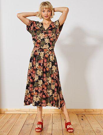 b2d11e46019 Damesmode maat 34-48 - Lange jurk met gemarkeerde taille - Kiabi