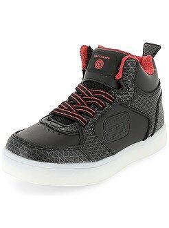 Jongenskleding 3-12 jaar - Lichtgevende sneakers van 'Skechers' met USB-poort - Kiabi