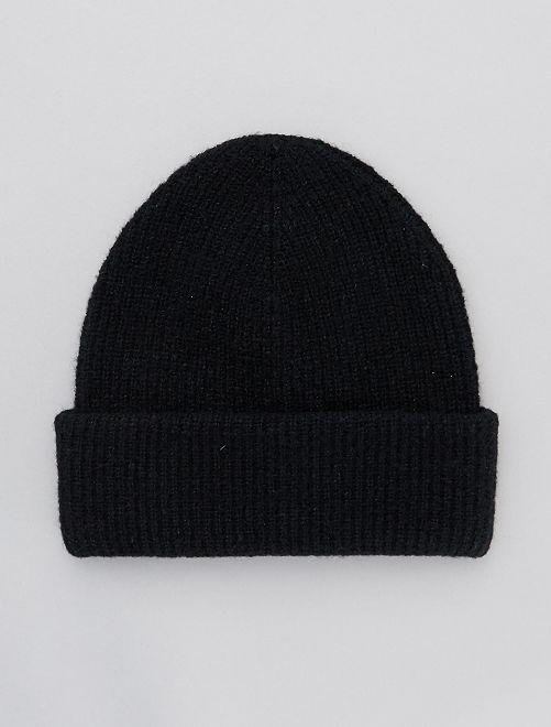 Muts van tricot                                         zwart