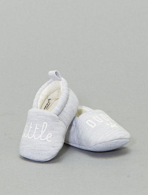 Pantoffels met opschrift                             grijs