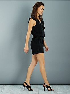 Capri, short - Playsuit met wikkelsluiting en ruches