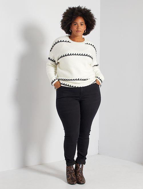 Skinny jeans met 5 zakken en push-up-effect L32                                                                                         zwart Dames size+