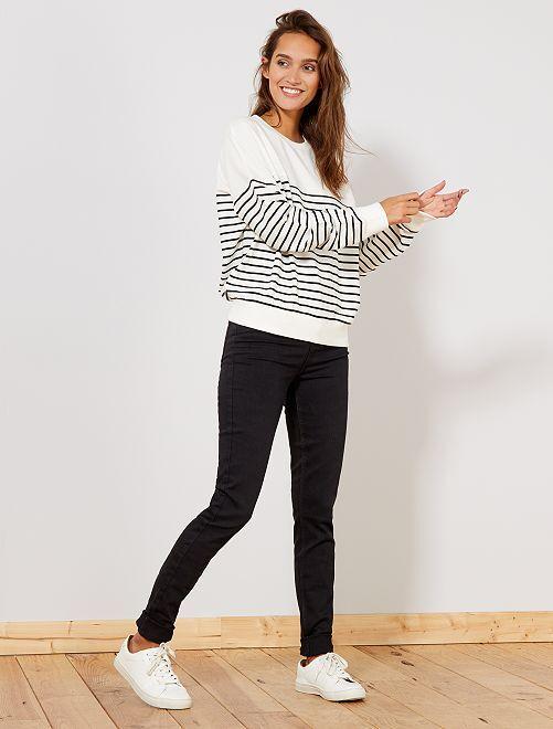 Skinny jeans met een hoge taille                                                                 ZWART Dameskleding