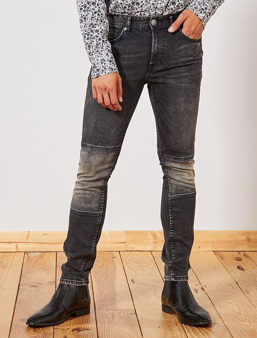 Slimfit jeans met verwassen knieën                     ZWART