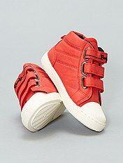 Sneakers met klittenband