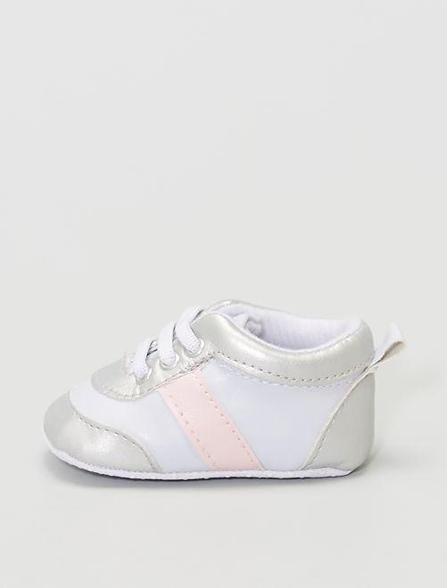 Sneakers van imitatieleer                                                     wit / roze