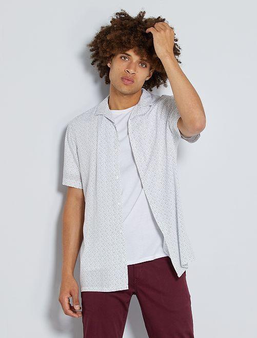 Soepelvallend hemd met print                                                                             WIT