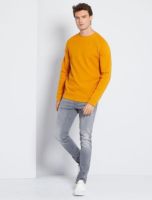 Sweater van molton 'Ecodesign' +1m90                                         GEEL
