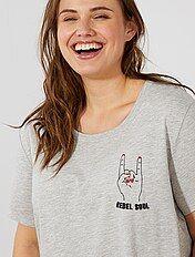 T-shirt met borduursel op de borst