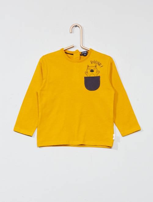 T-shirt met een bewerkt borstzakje GEEL Jongens babykleding
