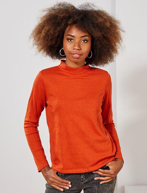 T-shirt van opengewerkt tricot                             ORANJE Dameskleding