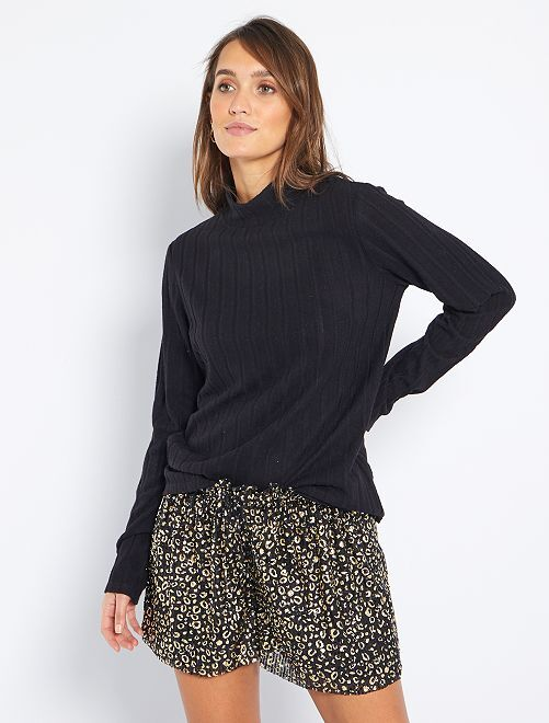 T-shirt van zacht tricot                                                                 zwart