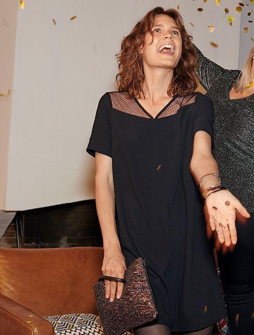 Wijd uitlopende jurk met stippeltjes                     zwart Dameskleding