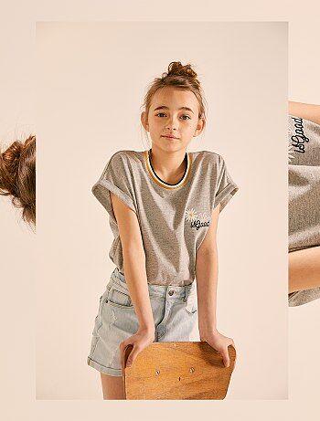 37920a4b2eea0c Meisjeskleding 10-18 jaar - Wijdvallend geborduurd T-shirt - Kiabi