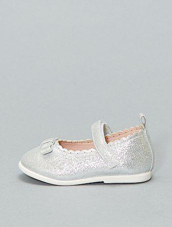 58f2be45090 Hippe meisjes schoenen in verrassende modellen en glossy dessins | Kiabi