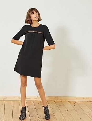 Zwarte jurk met detail op de borst - Kiabi